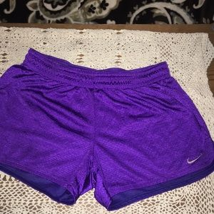 Women's size small dry fit Nike running shorts